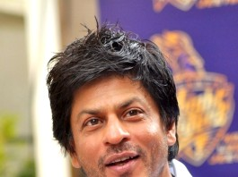 Shahrukh khan knee surgery