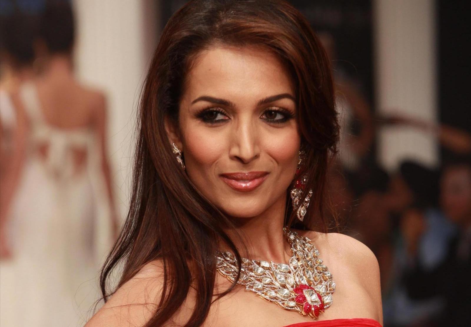 My Son Doesn T Get Affected Malaika Arora Khan On Item Songs