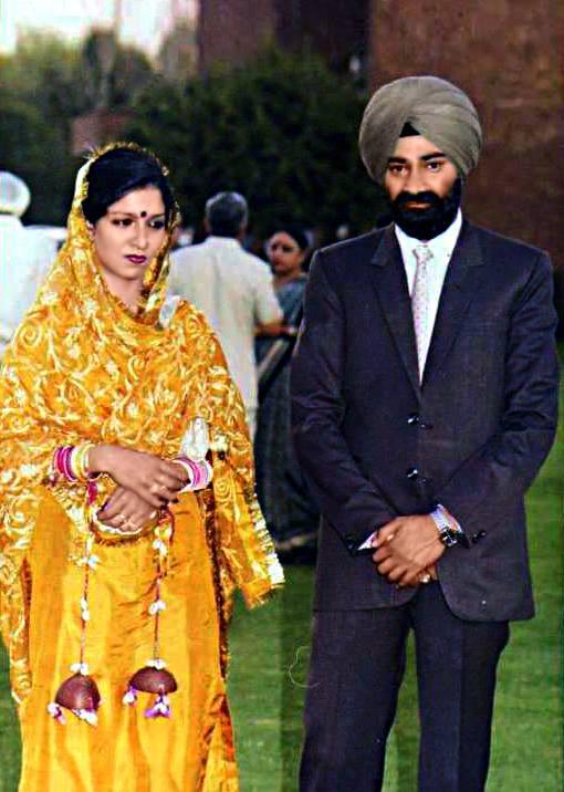 savitabhatti-khurki.net