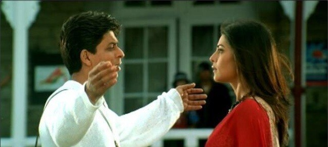 SRK-And-Farah-Get-Emotional-On-A-Decade-Completion-Of-MAIN-HOON-NA-2