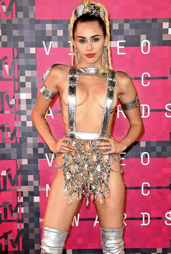 Miley-Cyrus-khurki.net