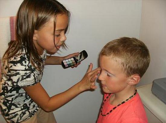 8-makeup-games-kids-6961-1
