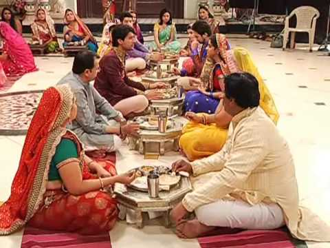 Husband & Wife eating together