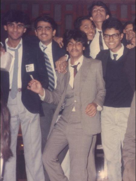 ShahrukhKhanFacts11-khurki.net