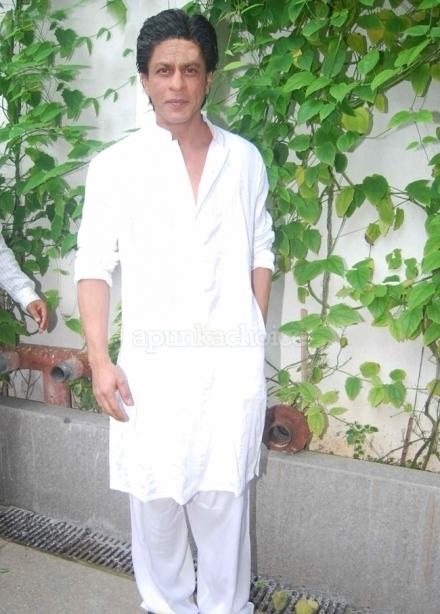 ShahrukhKhanFacts12NEW-khurki.net