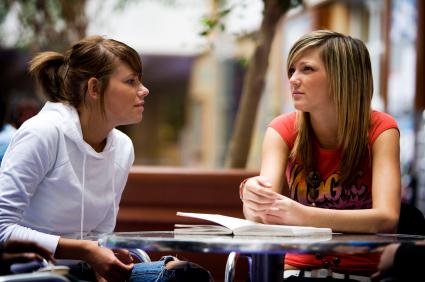 two-friends-talking-Khurki.net