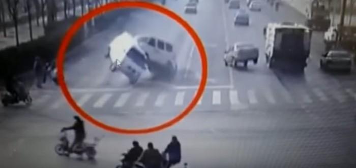 bizarre accident-khurki.net