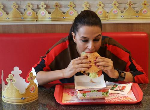 Neha-Burger-Khurki.net