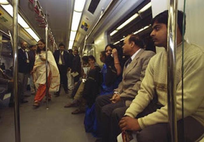 delhi-metro-khurki.net