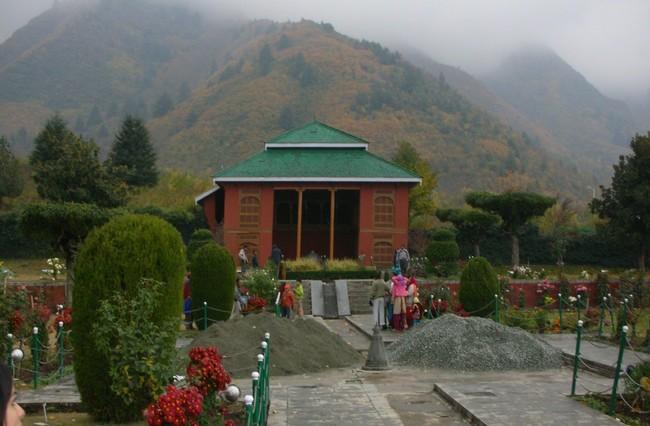 MughalGardens4-Khurki.net