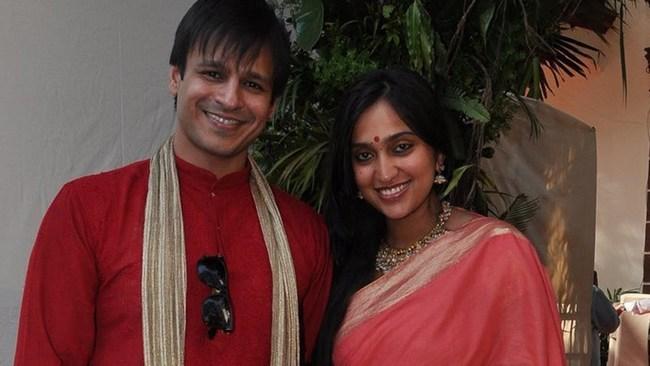 BollywoodWives3-Khurki.net
