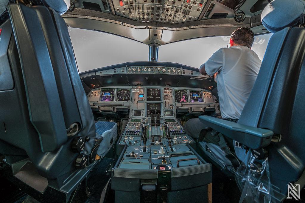 cockpit10-khurki-net