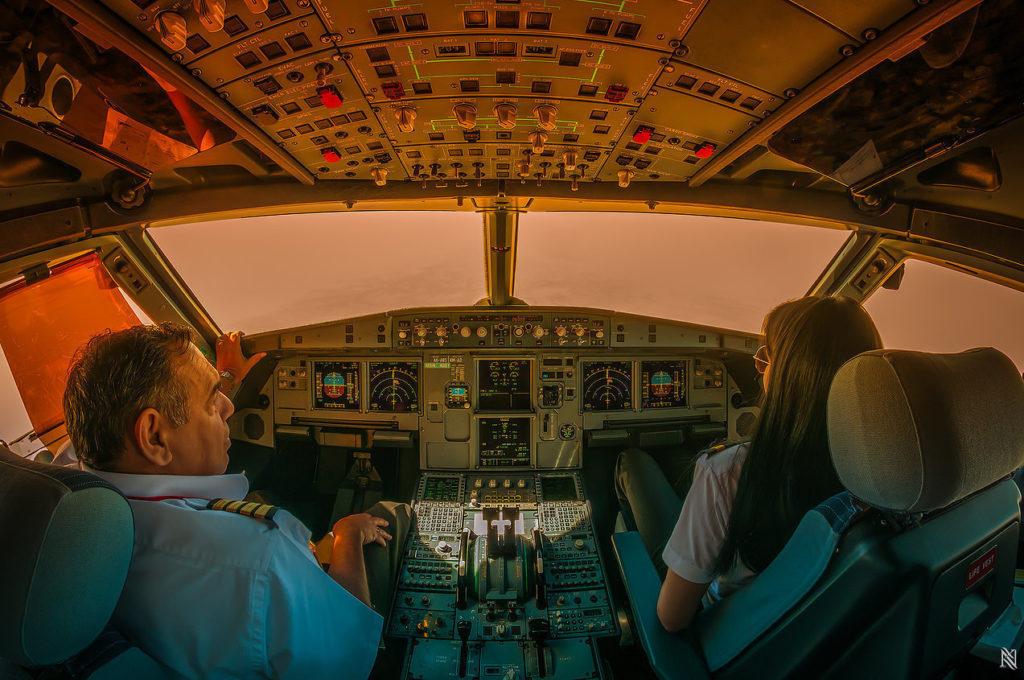 cockpit6-khurki-net